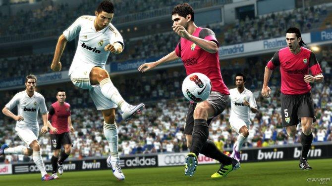 Скриншот игры Pro Evolution Soccer 2013